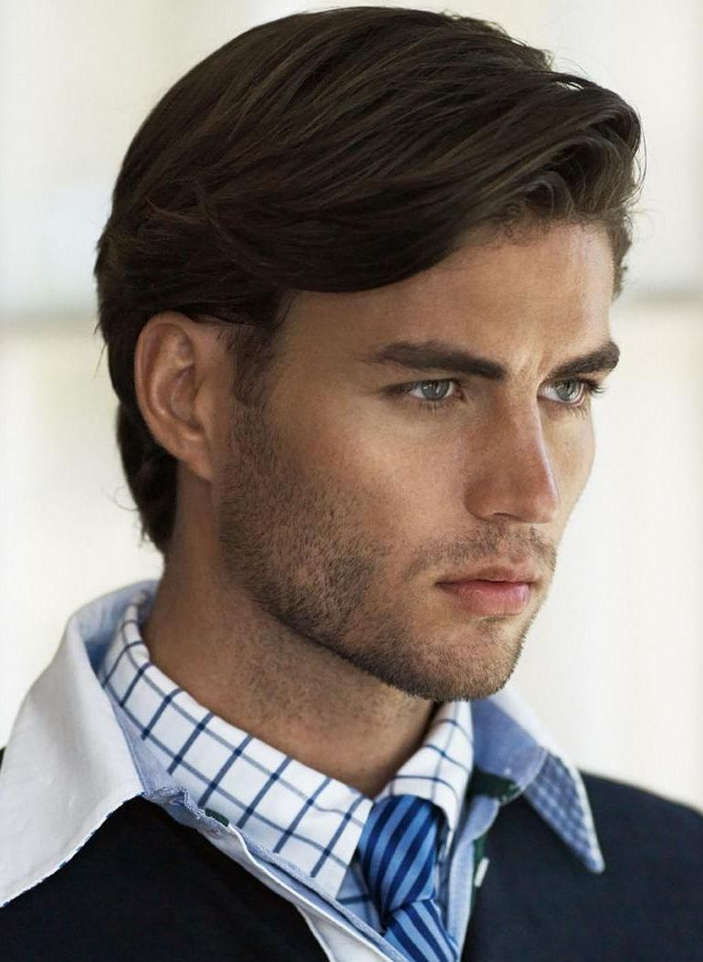 haircut style of medium hairstyle men cool and chic medium