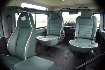 Heritage Lincoln Green Leather Seating Optional White Piping Defender Pinterest