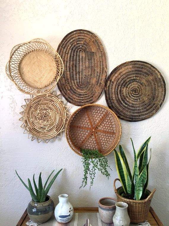 Vintage Oval Brown Woven Wicker Basket Trivet Placemat Etsy Tropical Home Decor Desert Decor Basket Wall Decor