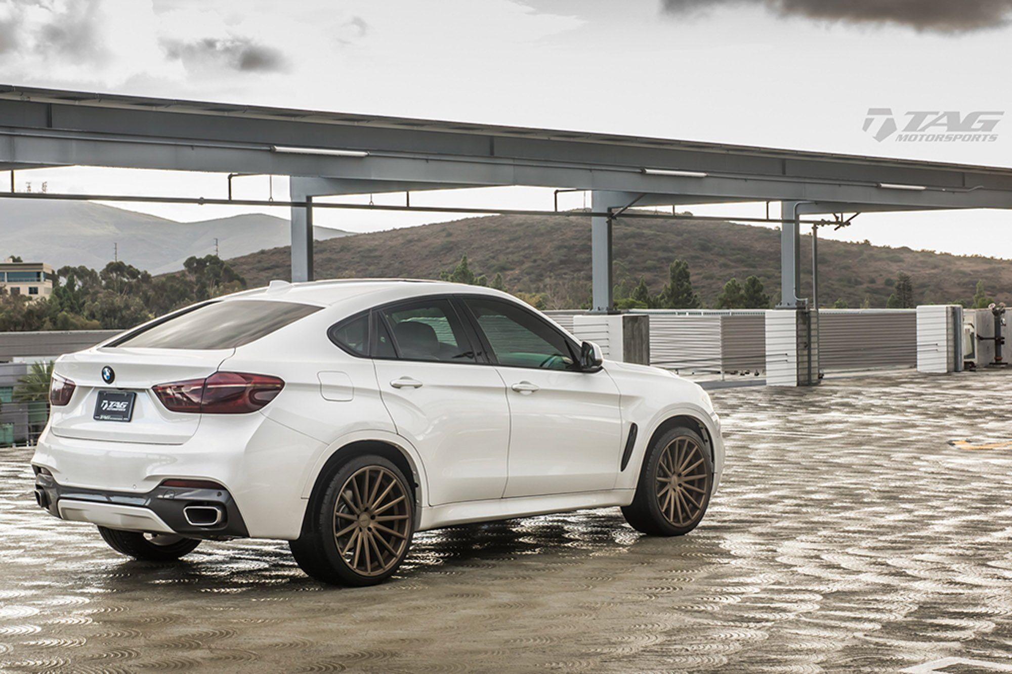 White Bmw X6 On Bronze Vossen Wheels Bmw X6 Bmw Vossen