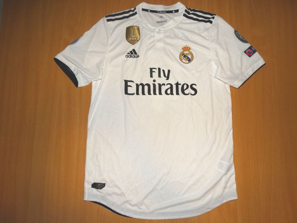 NEW REAL MADRID  4 SERGIO RAMOS 2018 2019 shirt L PLAYER ISSUE Champions  League (eBay Link) 2f9cff80b