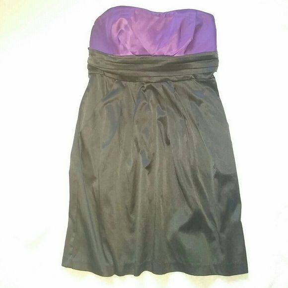Strapless cocktail dress,**2 for 20 item** Purple and black strapless dress, perfect look for a night out. **2 for 20 item** wishes*wishes*wishes Dresses Strapless