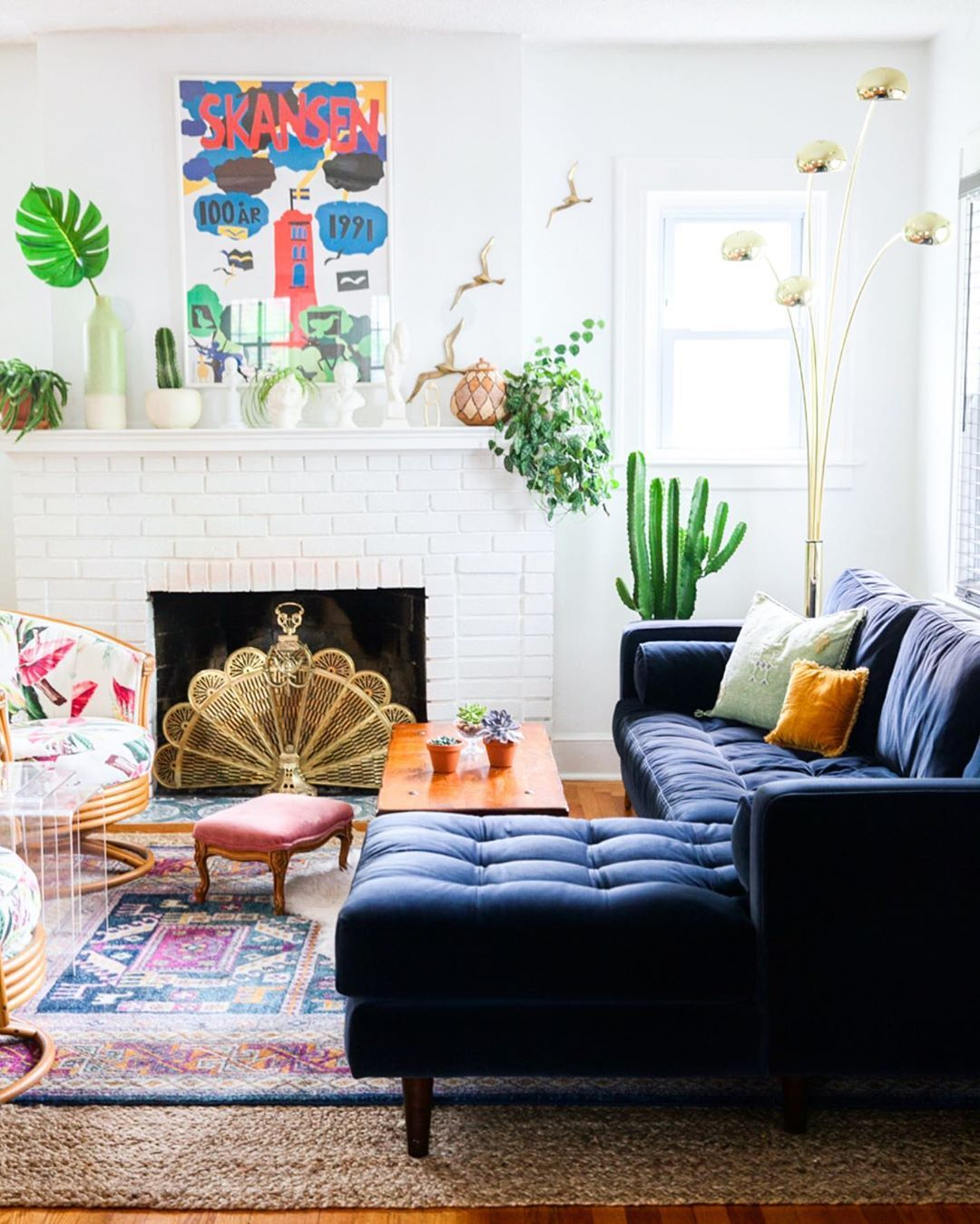 9 Best Small Sectional Sofas For Small Living Rooms Wall Decor