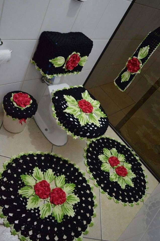A Arte Da Vez Kit Banheiro Harmonia Versao Preto Vermelho E Verde Esteira De Croche Modelos De Coracao De Croche Jogos De Banheiro