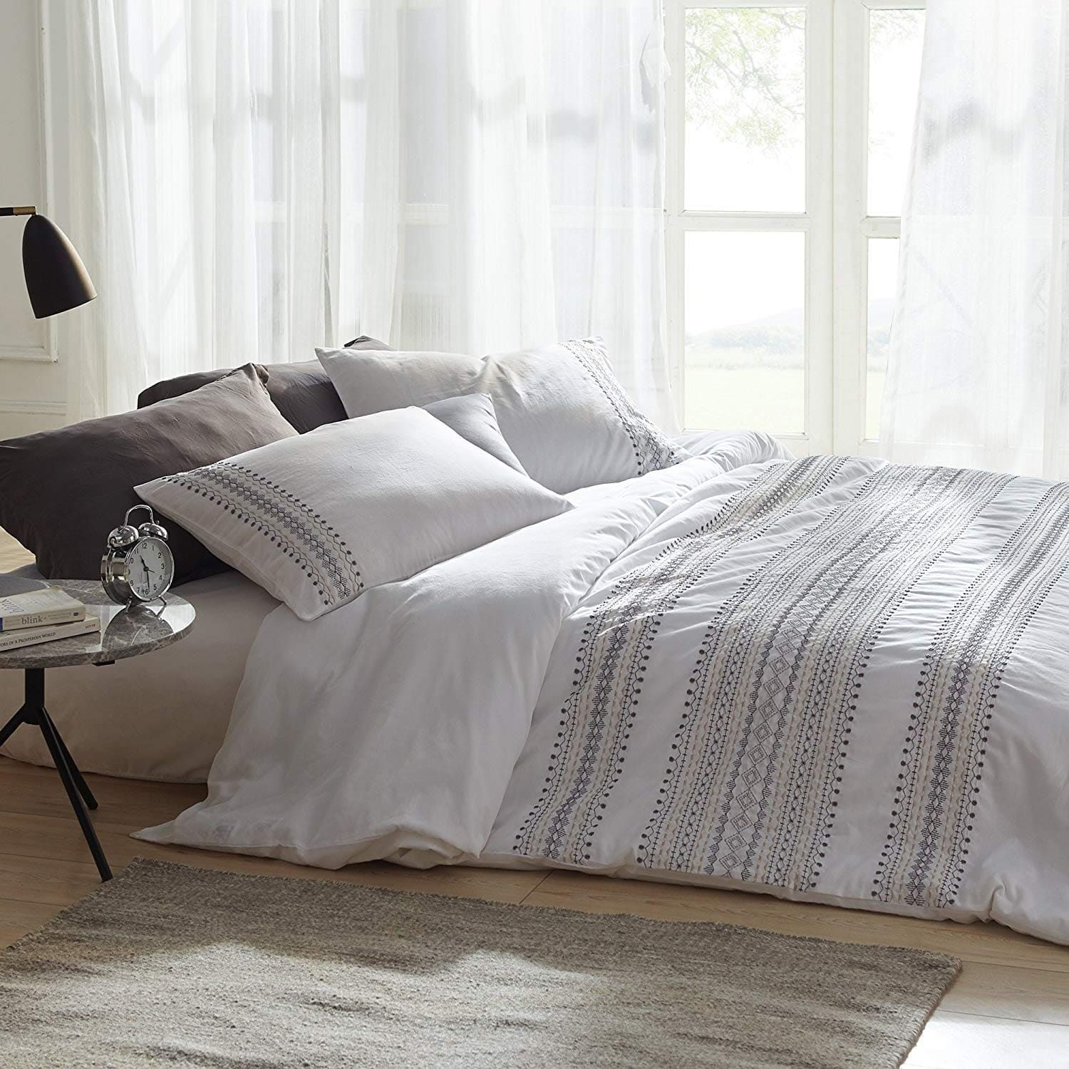 Cambria Stitch Embroidered 3 Piece King Size Duvet Cover In White