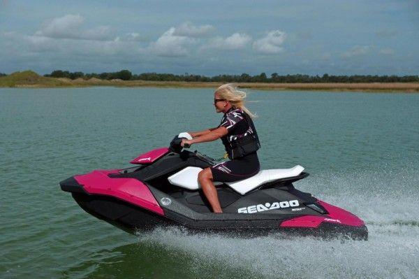 best sneakers 82bc6 26413 MustDo.com   Sarasota, Florida Must Do Visitor Guide   Siesta Key  Watersports jet ski rentals