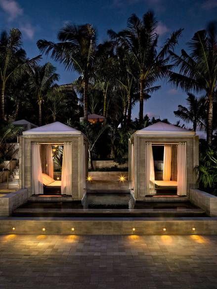 Best Hotels In Miami, Pool Cabana, Cabana