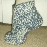 Over 100 Free Crochet slipper patterns @ AllCrafts.net