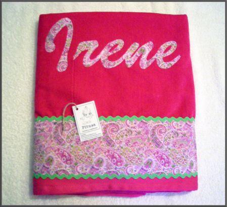 Toalla playa tela toalla de playa fucsia personalizada for Apliques para toallas