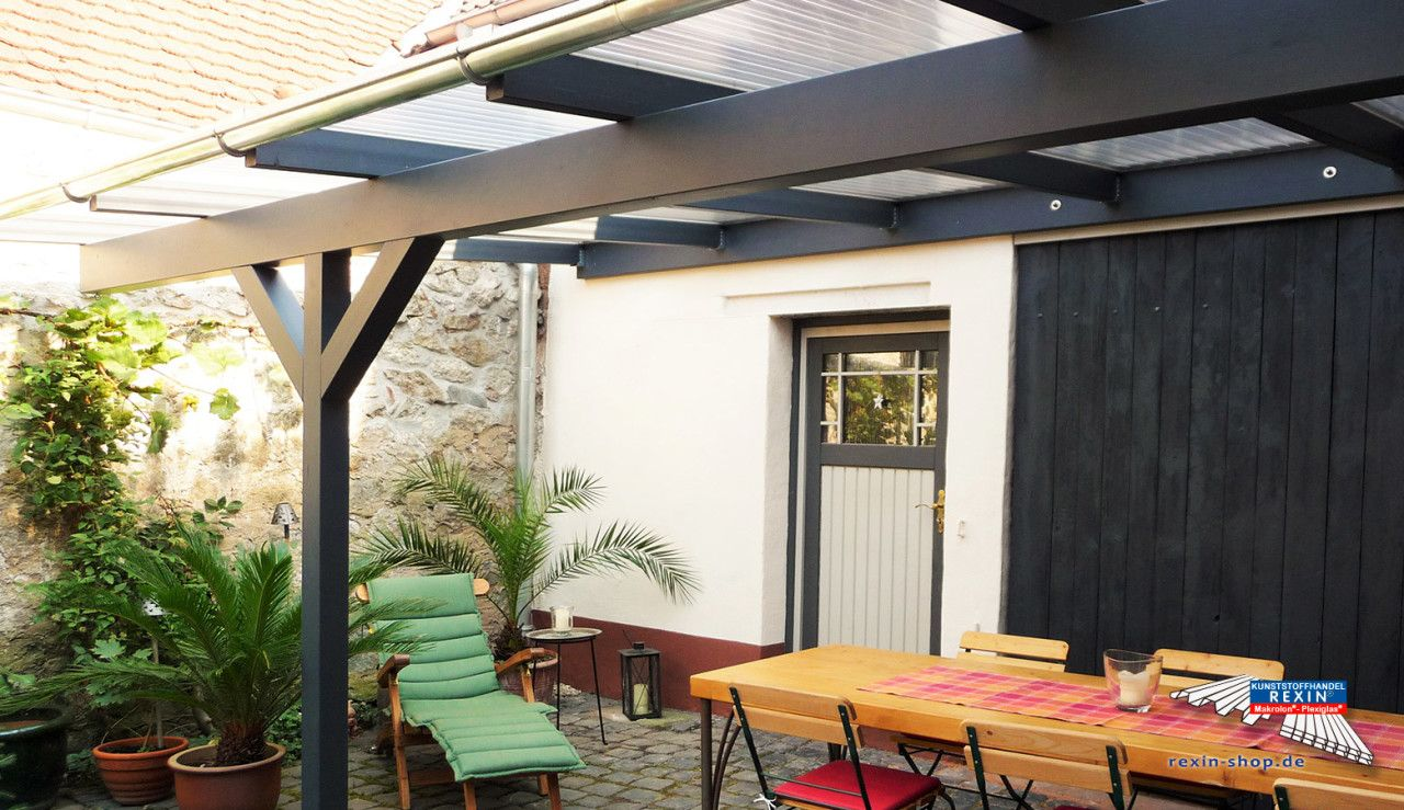 Ein HolzTerrassendach der Marke 6m x 3m mit