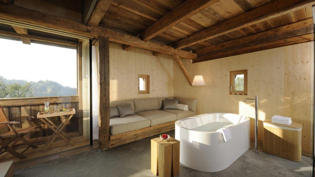 Freistehende Badewanne Im Wohnzimmer Fotos - conanpartners -