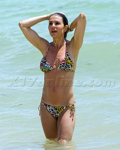 Lisa Rinna, 49 | Midlife Bikini Bod | Pinterest | Celebrity and Lisa ...