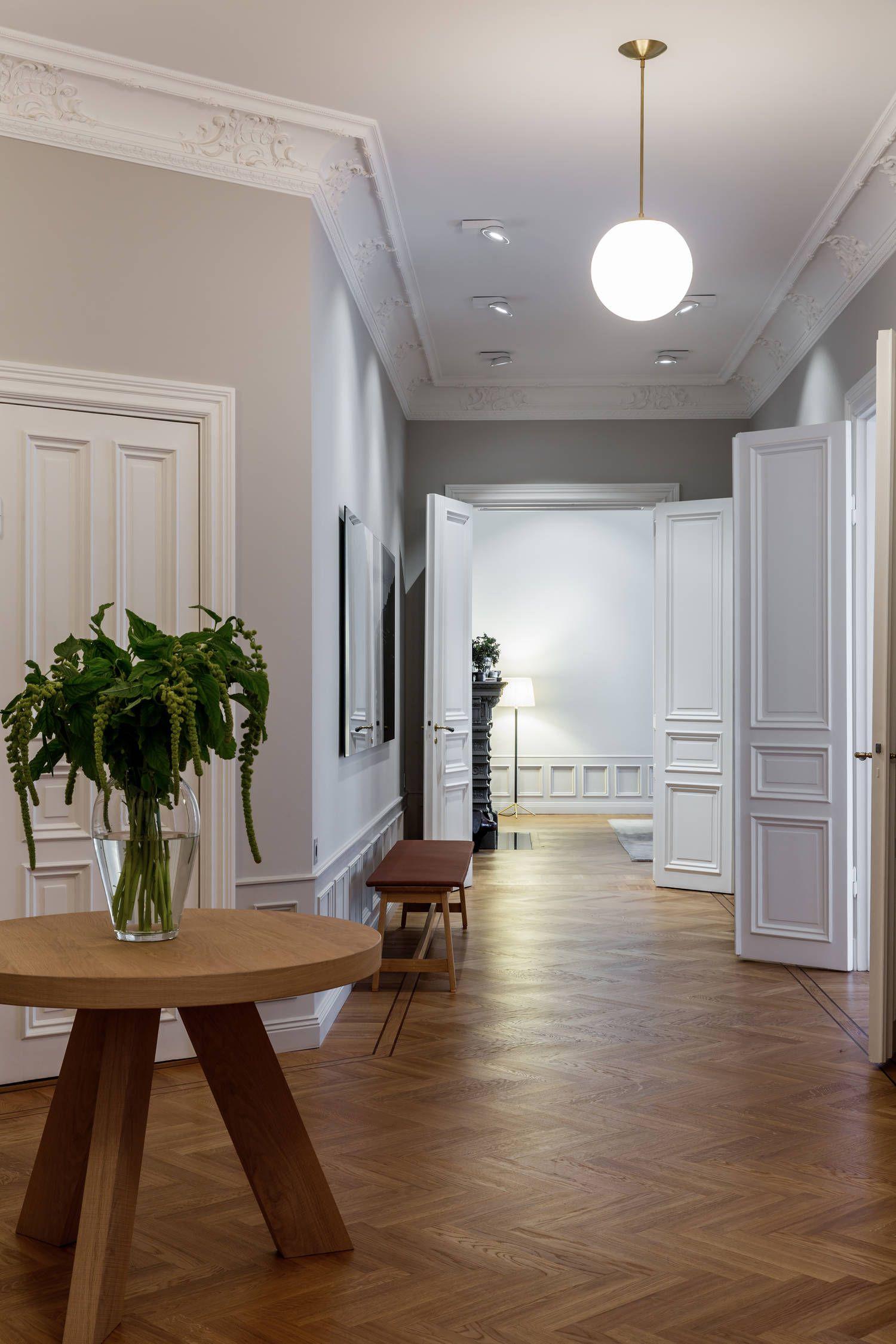 Grandes muebles para grandes espacios | Pinterest | Grandes mesas de ...