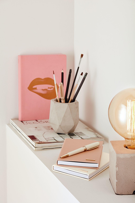 Großartig Coole Schreibtische Sammlung Von Dank Großzügiger Geometrischer Formen Wirkt Das Schreibtisch-accessoire