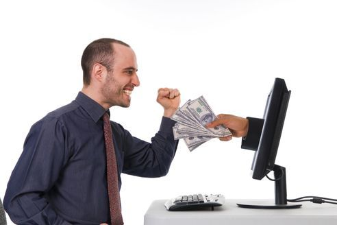 Mit meiner Hilfe verdienst du 200-300 Euro am Tag, alles ...