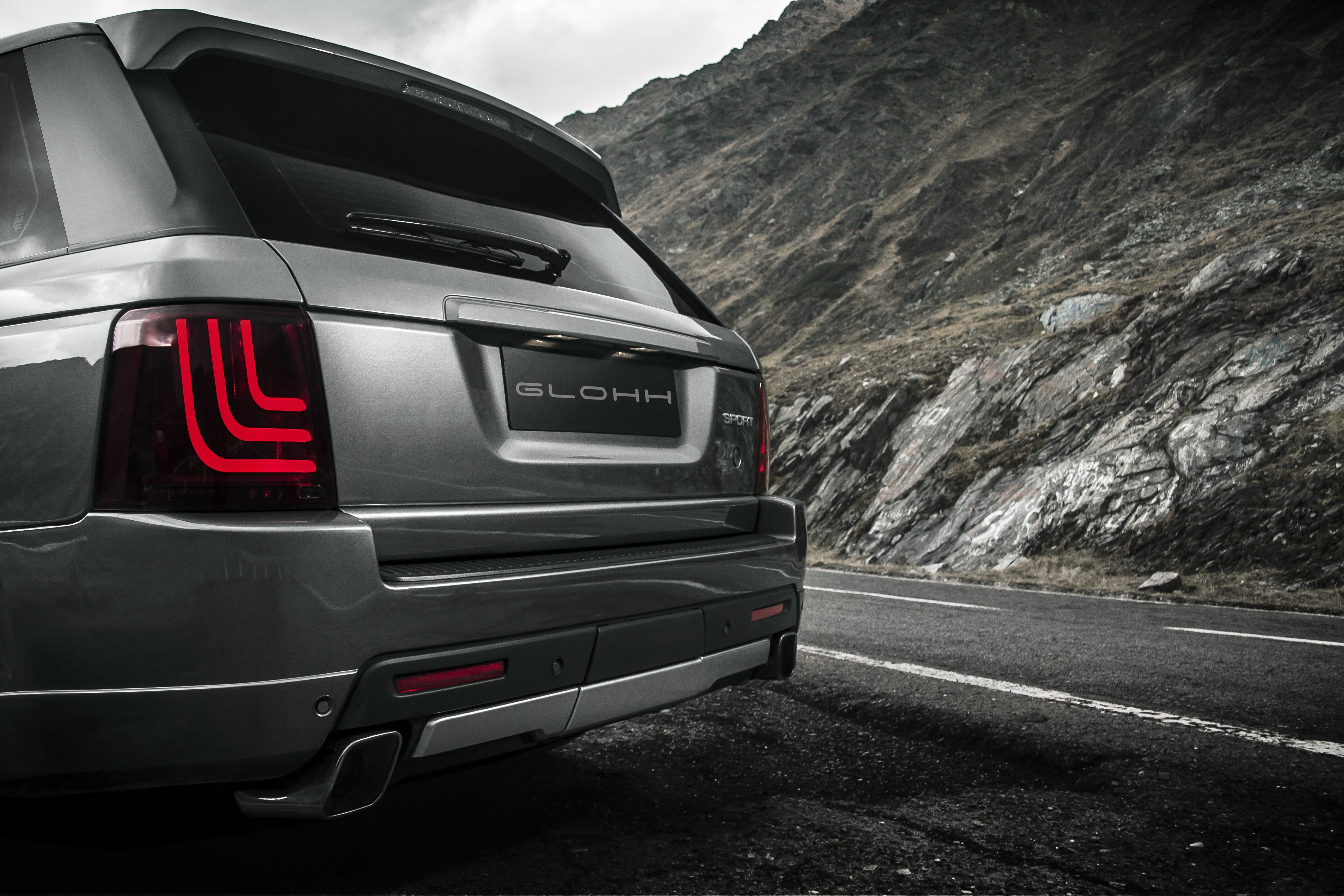 A look defined by curves. glohh rangeroversport