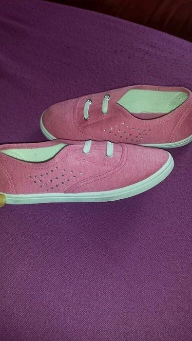 Rosa Schuhe von Cupcake (Deichmann) | Kinder klamotten zu