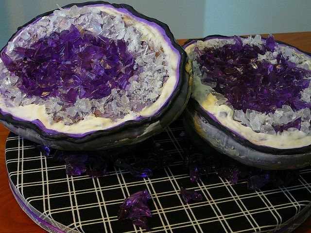 Amethyst Geode Cakes I like crystals and have got an love regarding Moldavite, http://moldavite.biz, nonetheless you simply cannot do better than the gorgeous Amethyst Geodes.