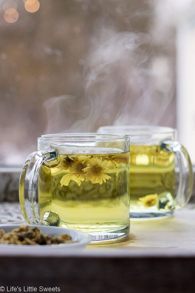 How To Make Chrysanthemum Flower Tea Chrysanthemum Flower Tea Is A Warm Floral Soothing Tea Drink And Is Said Flower Tea Chrysanthemum Tea Herbal Tea Blends