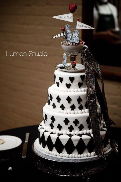 Wedding Wonderland Cakes Alice In Wonderland Wedding Cake