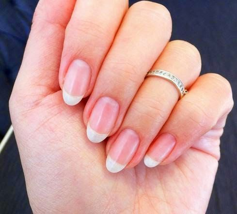 Dr. Health Care Tips: Nice-way-to-get-shiny-nails