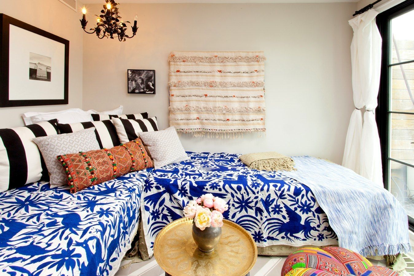 two twin beds make a more multifunctional space arrange them in the corner for daytime seating. Black Bedroom Furniture Sets. Home Design Ideas
