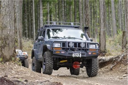 Arb 4x4 Accessories Arb Black Jeep Xj Cherokee Deluxe Bull Bar