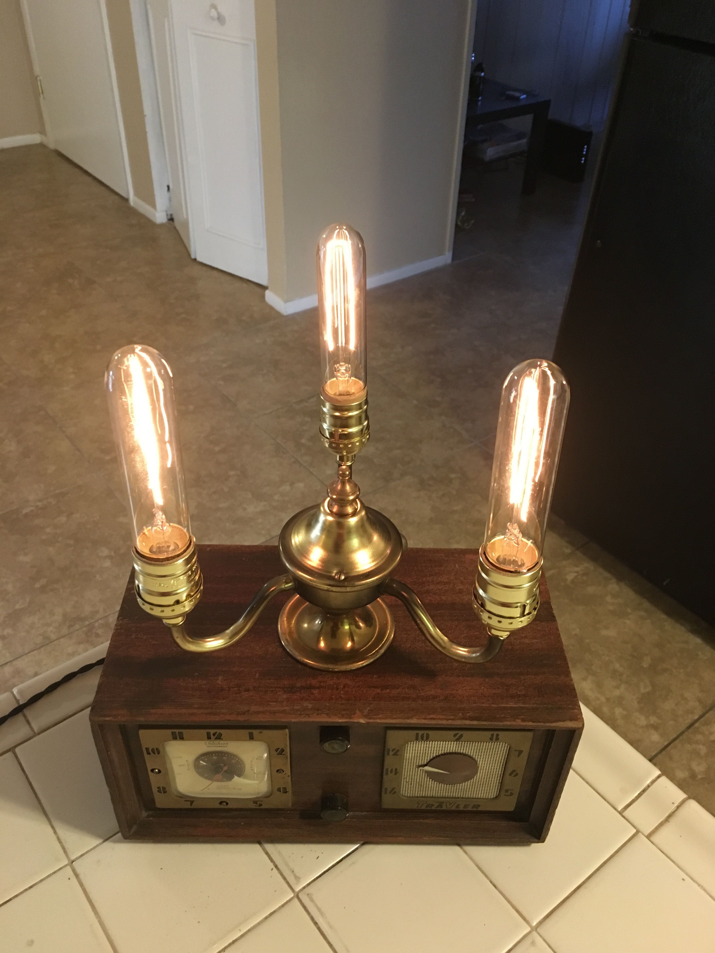 Vintage Radio Lamp With Edison Bulb Edison Bulb Edison Light Bulbs Vintage Radio