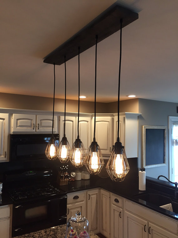 Industrial Modern Reclaimed Wood Chandelier 5 Pendant Light Etsy Rustic Kitchen Lighting Kitchen Lighting Fixtures Rustic Lighting