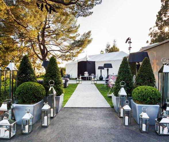 Outdoor Wedding Bathroom Ideas: Lanterns Outside The Entrance Of This Plush Outdoor Bridal