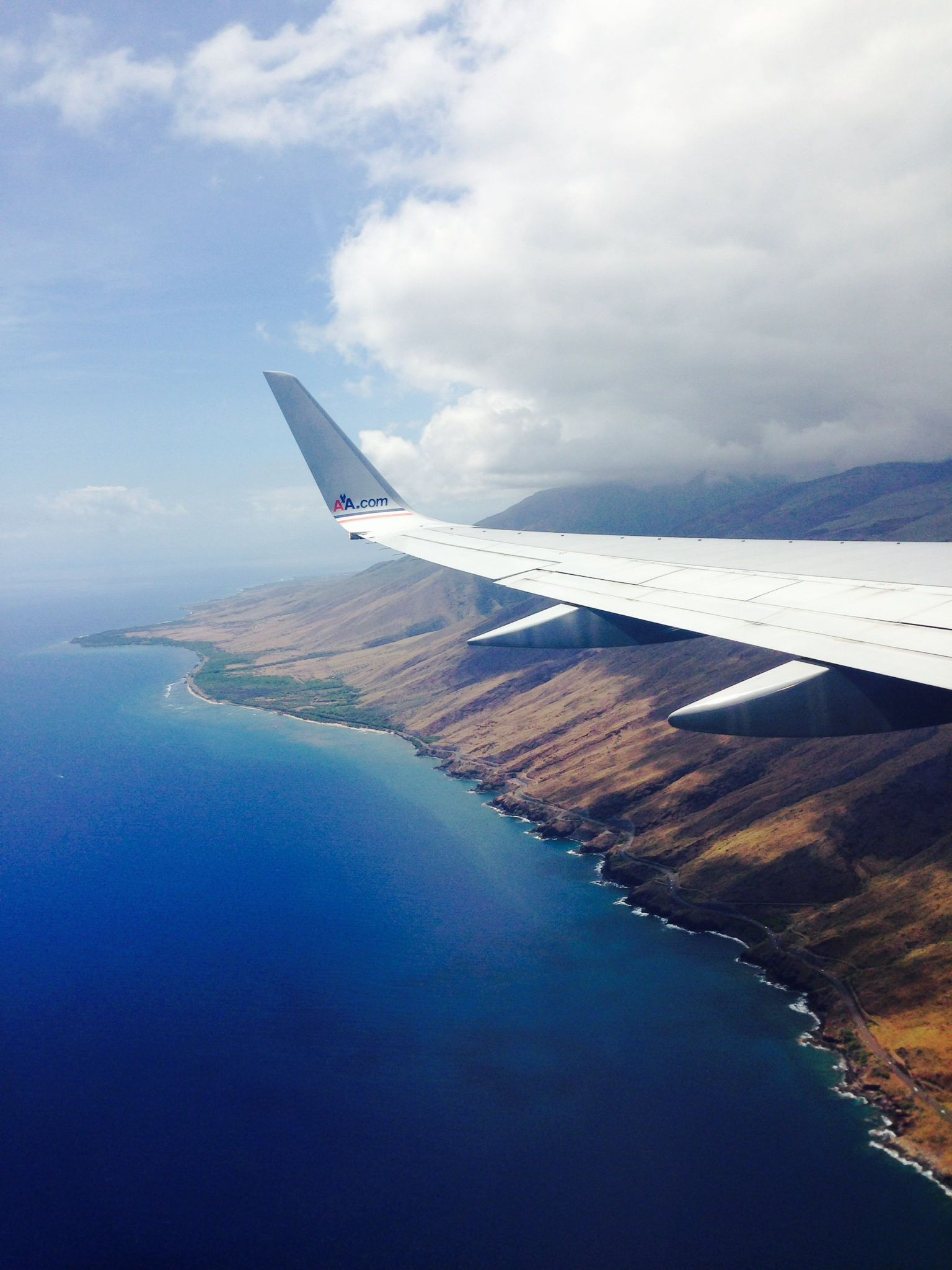 how long is the flight from lax to hawaii maui