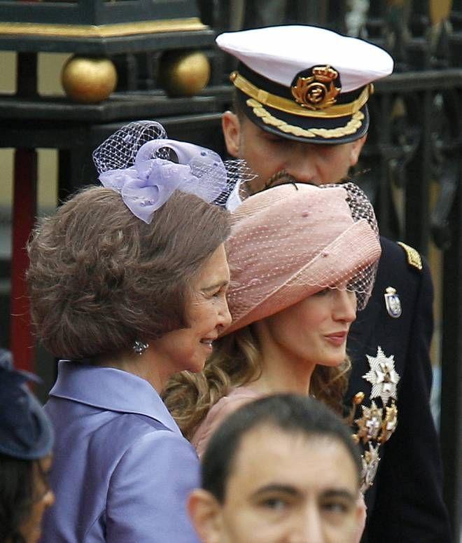 Parentesco directo entre la reina Sofía de España y el Duque de Edimburgo al ser los dos, hijos de dos hermanos: el rey Pablo y el Príncipe Andrés de Grecia. Tataranieta  de Victoria
