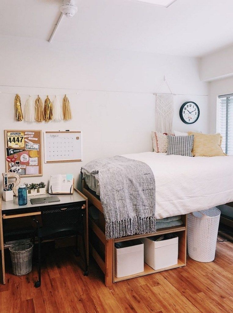 42 fantastic college bedroom decor ideas and remodel 38 #collegedormroomideas