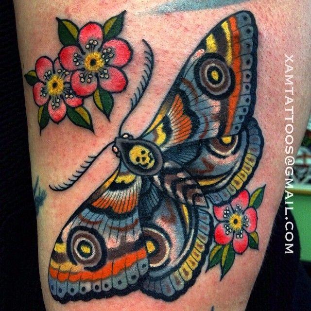 photo et signification du tatouage papillon tattoo. Black Bedroom Furniture Sets. Home Design Ideas
