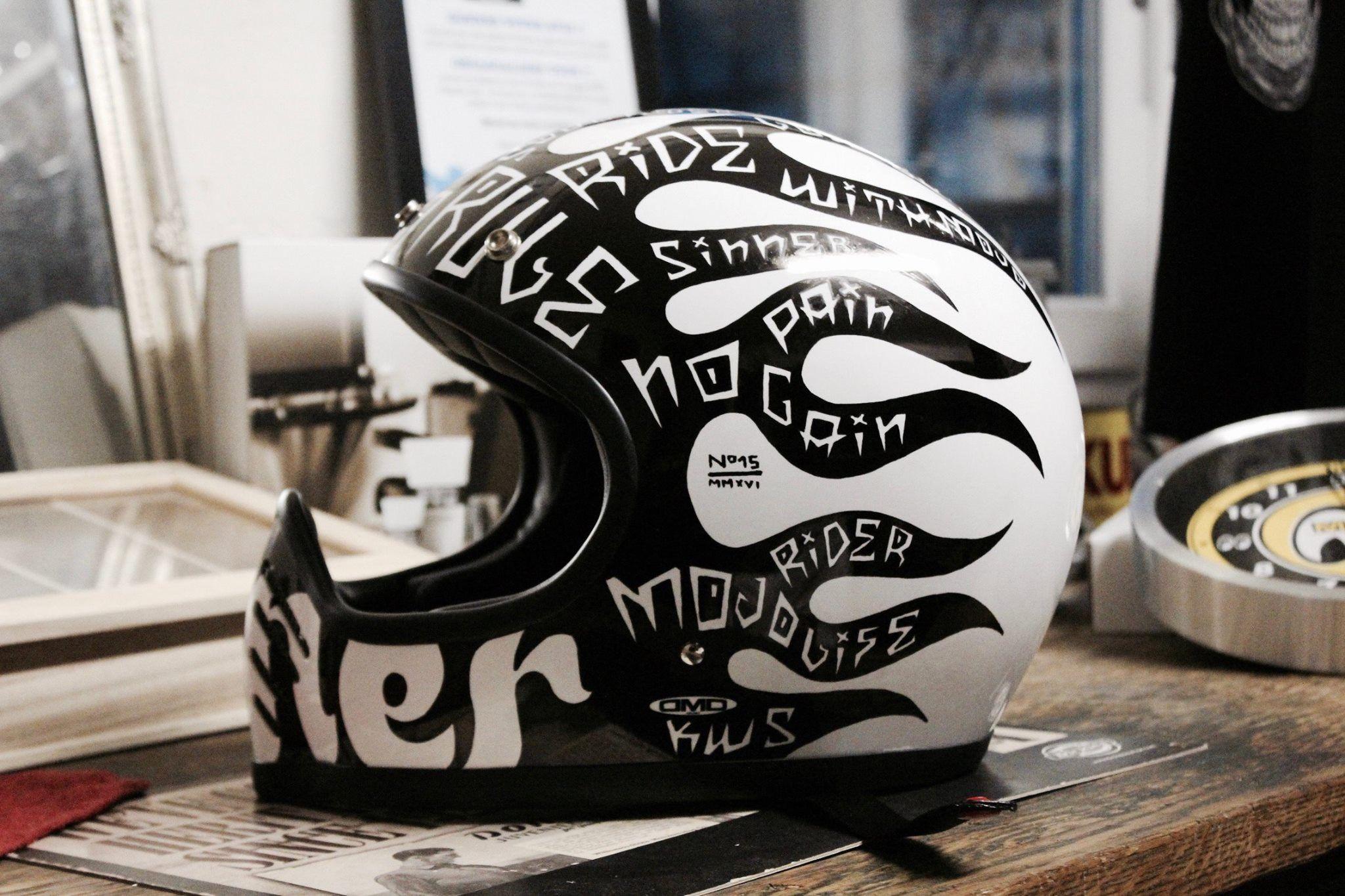 Casque Custom Dmd Seventy Five By Noise Aka 15 Custom Helmet Www Kustomworkshop Com Cb750 カフェレーサー カスタムペイント ヘルメット デザイン
