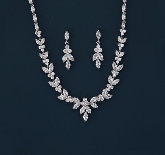 Bridal Jewelry Set Earrings Necklace Wedding Jewelry Bridal Etsy Bridal Jewelry Sets Simple Silver Jewelry Wedding Jewelry Sets