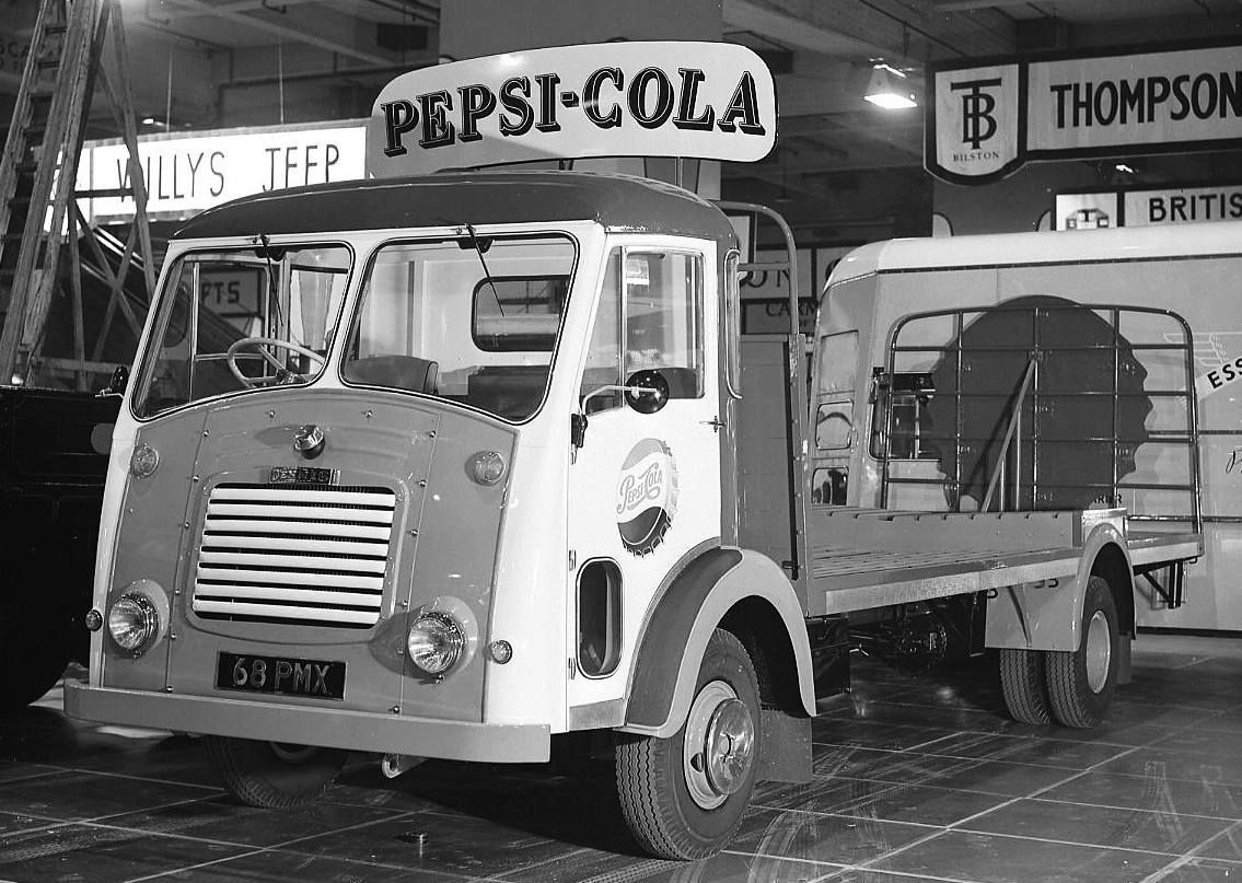 Dennis Specialist Vehicles Limited Pax Ii Pepsi Cola Lorry 1958 Coches Antiguos Sevilla España Camionetas