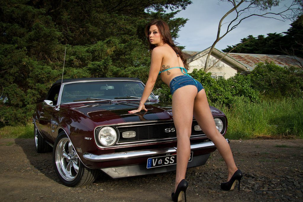 Topless girls with muscle cars big