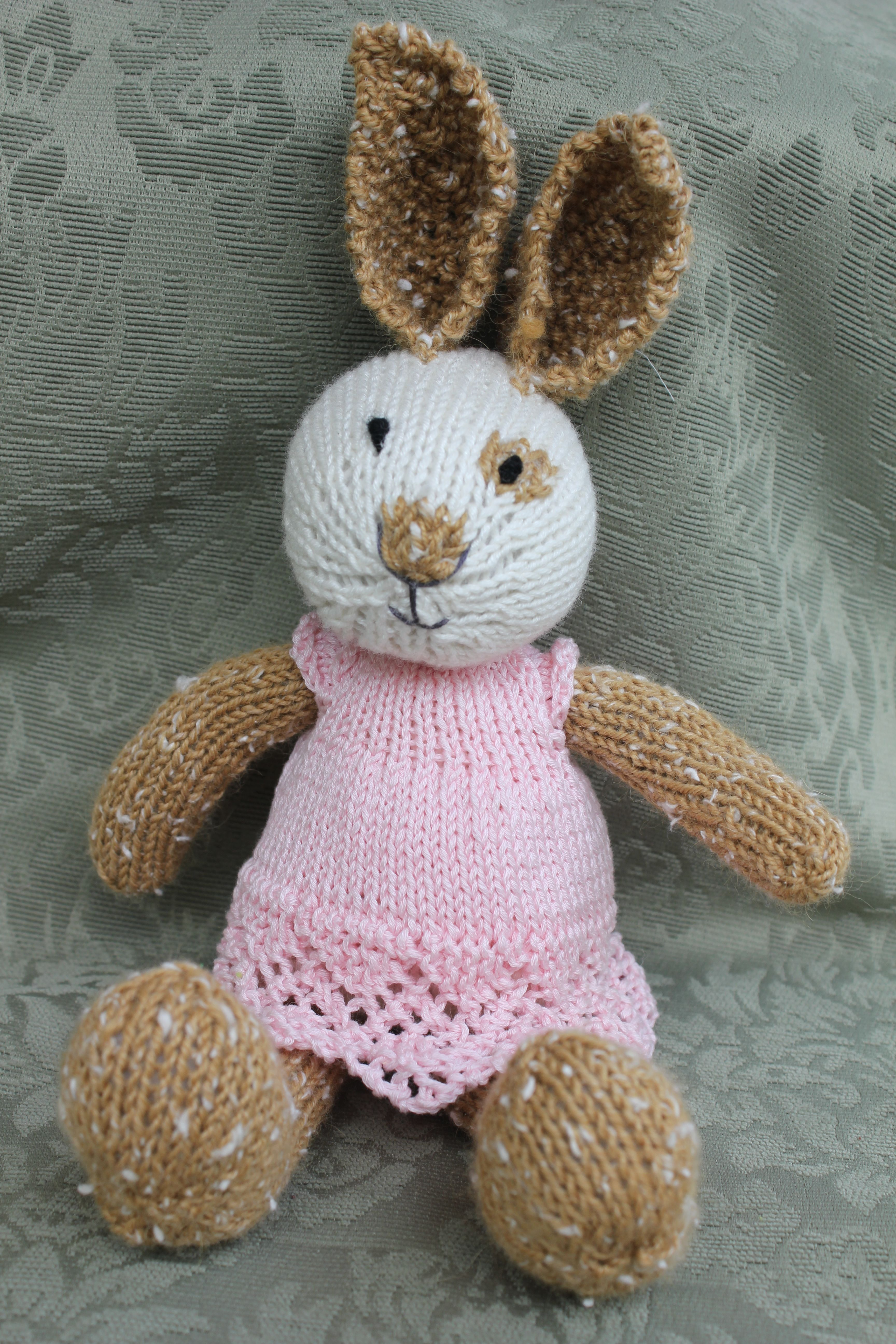 Knitted rabbit pattern by julie williams little cotton rabbits knitted rabbit pattern by julie williams little cotton rabbits bankloansurffo Choice Image