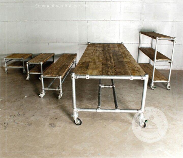 steigerhouten tafel salontafel boekenkast op wielen met steigerpijp