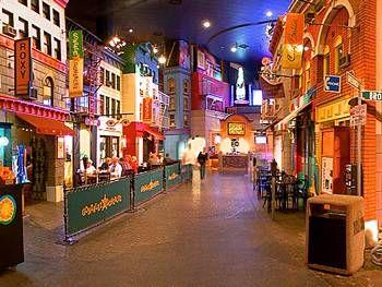 New York New York Hotel Casino In Las Vegas Las Vegas Hotels Las Vegas Vacation Hotel Casino Las Vegas