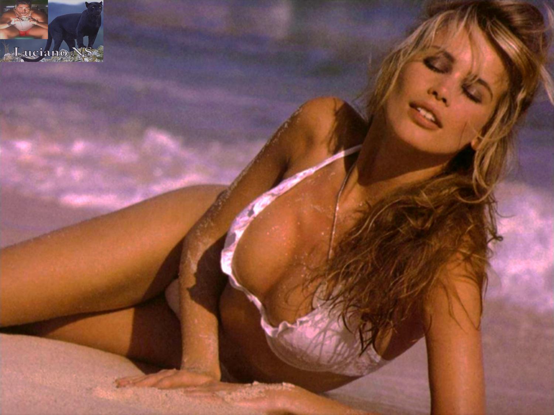 Claudia schiffer sexy new foto