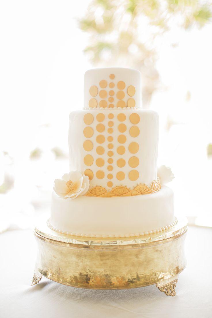 20 Deliciously Decadent Art Deco Wedding Cakes | Pinterest | Wedding ...