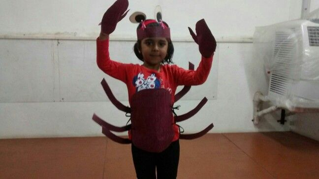 Here comes the Crab Girl