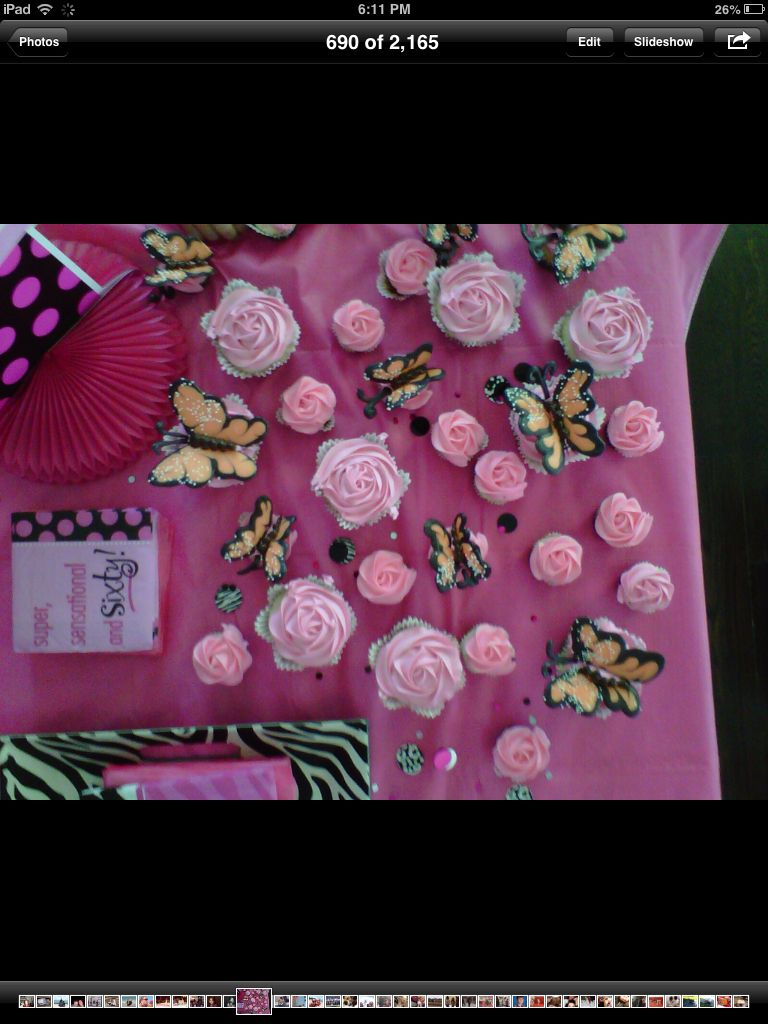 Rose cupcakes and chocolate butterflies