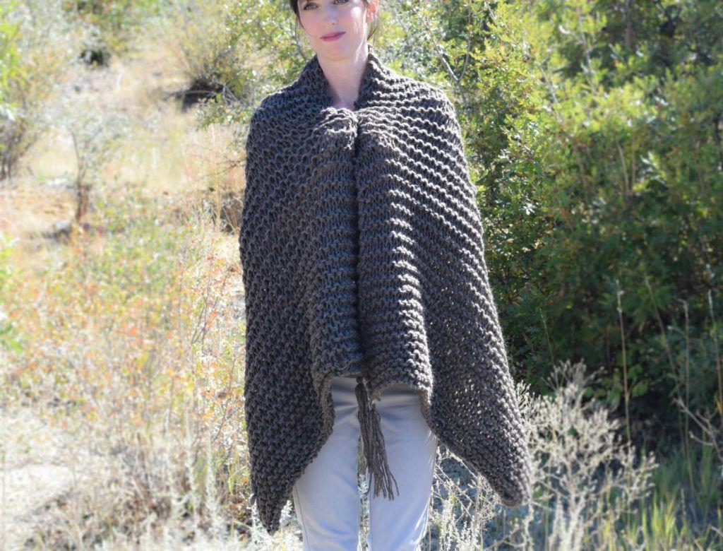 Big Beginner Knit Shawl – Scarf Pattern | Knit Ponchos/Scarves/Cowls ...