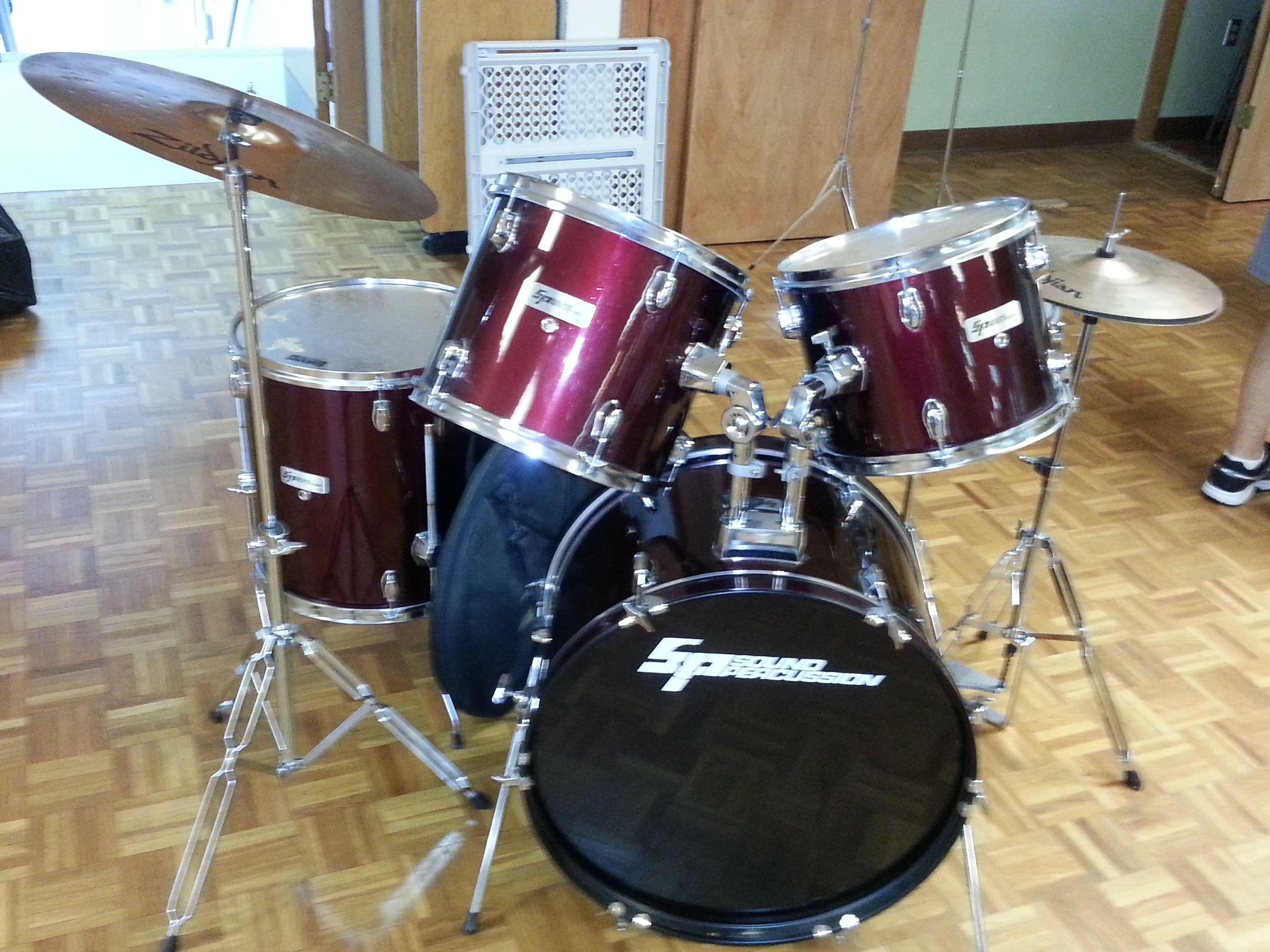 drum set for sale today yard sale 500 annual church ladies yard sale extravaganza drum. Black Bedroom Furniture Sets. Home Design Ideas