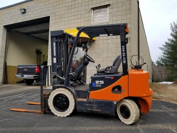 Doosan Forklift 15,500 Forklift, Heavy truck, Heavy