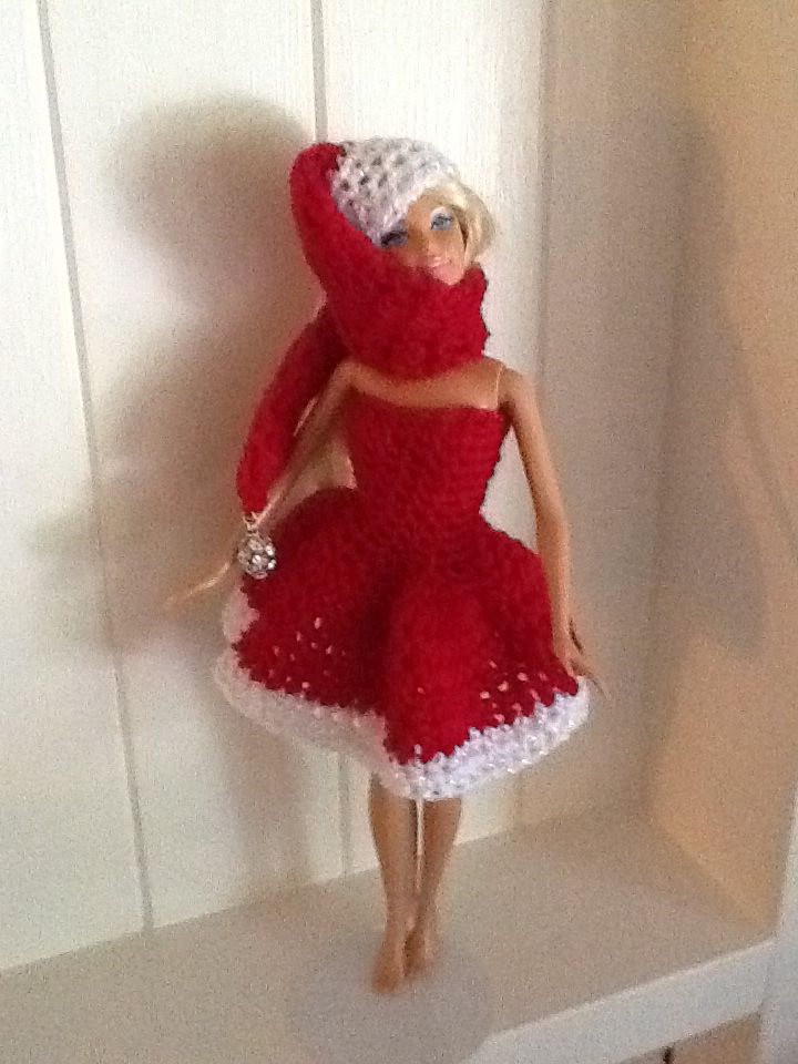Christmas Barbie Crochet