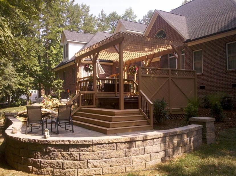 Love, Love, love. This outdoor entertaining area is complete with ...